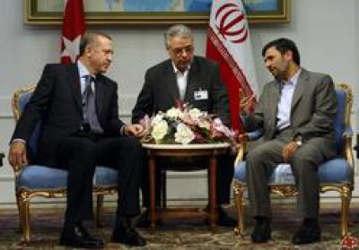 Turkish-Iranian relations in the shadow of the Arab revolutions: A vision for the present and the future